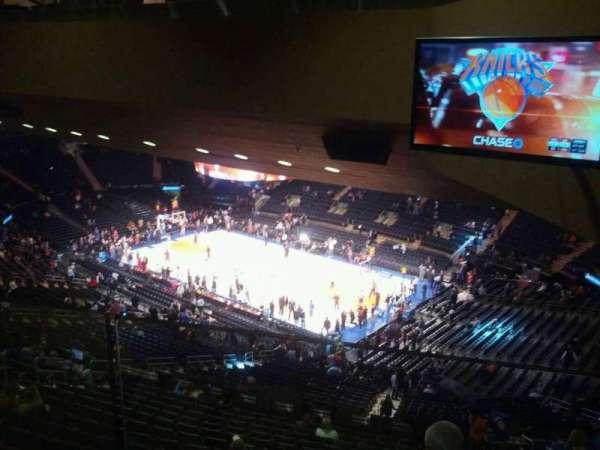 Madison Square Garden, secção: 412, fila: 1