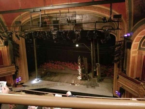 American Airlines Theatre, secção: Rear Mezzanine, fila: E, lugar: 111