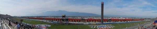 Auto Club Speedway, secção: 11, fila: 17, lugar: 5