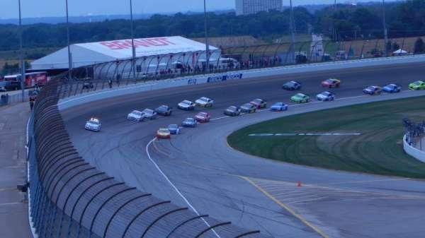 Chicagoland Speedway, secção: 406, fila: 31, lugar: 9