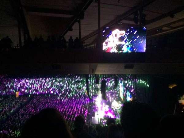 Madison Square Garden, secção: 213, fila: 19, lugar: 1