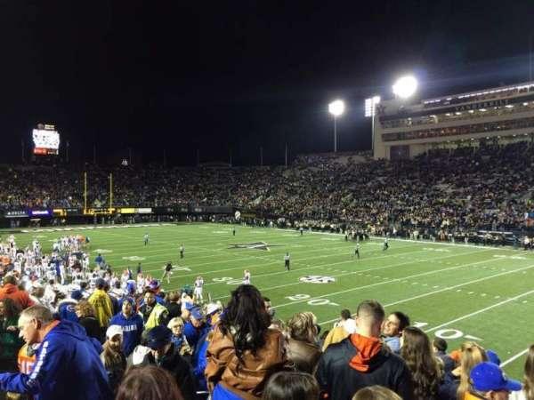 Vanderbilt Stadium, secção: U, fila: 11