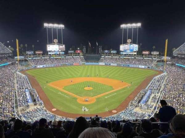 Dodger Stadium, secção: 1rs, fila: T, lugar: 3