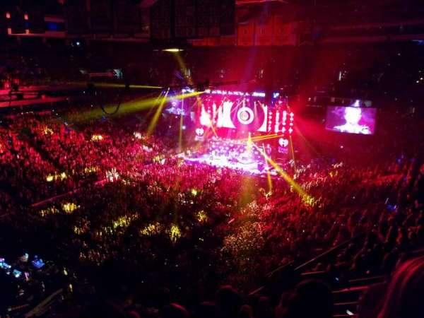 TD Garden, secção: Bal 305, fila: 10, lugar: 13