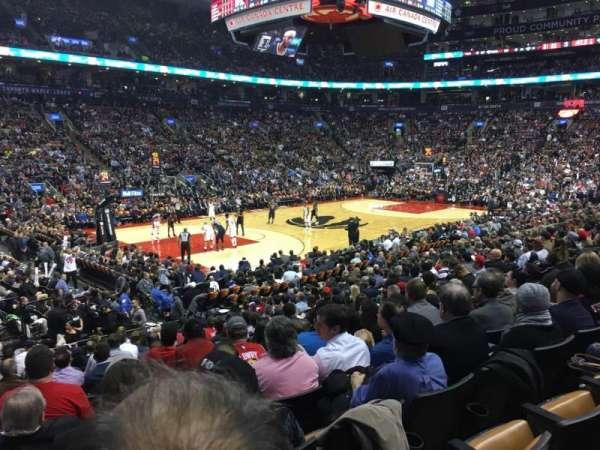 Scotiabank Arena, secção: 121, fila: 16, lugar: 15