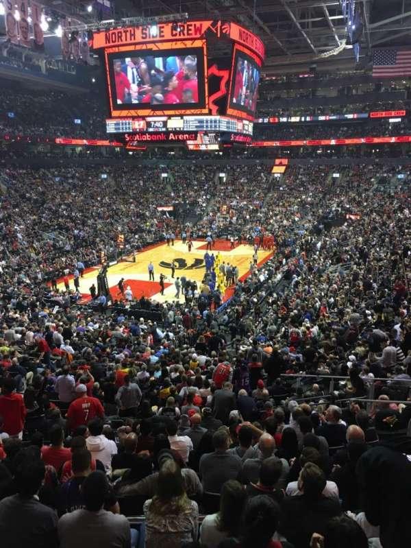 Scotiabank Arena, secção: 101, fila: 28, lugar: 10