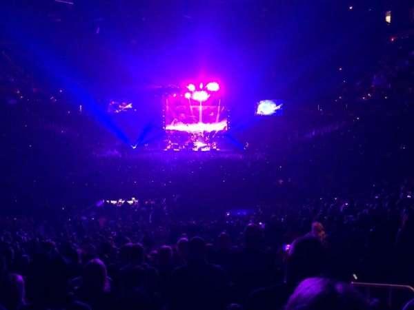 T-Mobile Arena, secção: 11, fila: X, lugar: 21