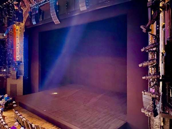 Studio 54, secção: Mezzanine R, fila: AA, lugar: 10