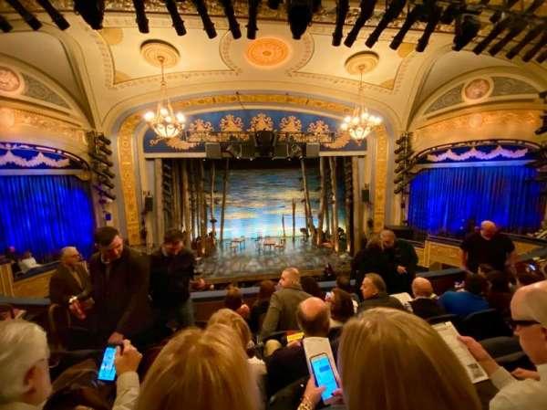 Gerald Schoenfeld Theatre, secção: Mezzanine C, fila: E, lugar: 105