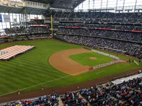 American Family Field, secção: 433, fila: 1, lugar: 8