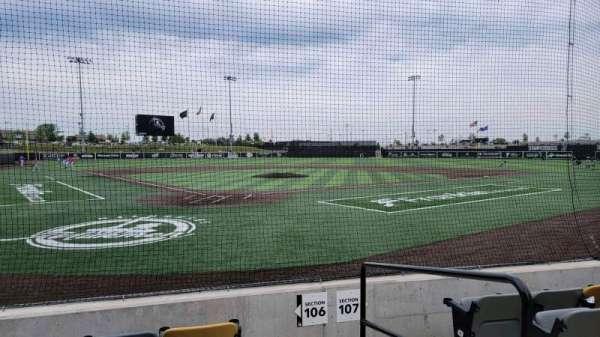 Franklin Field (Wisconsin), secção: 106, fila: E, lugar: 12