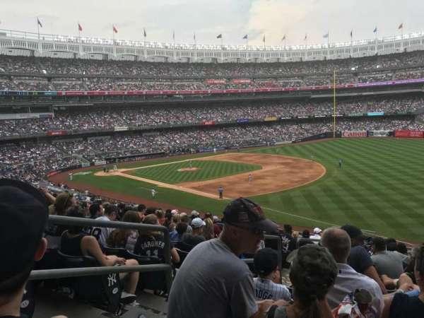 Yankee Stadium, secção: 212, fila: 13, lugar: 20