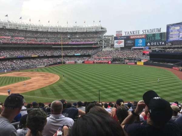 Yankee Stadium, secção: 211, fila: 13, lugar: 20