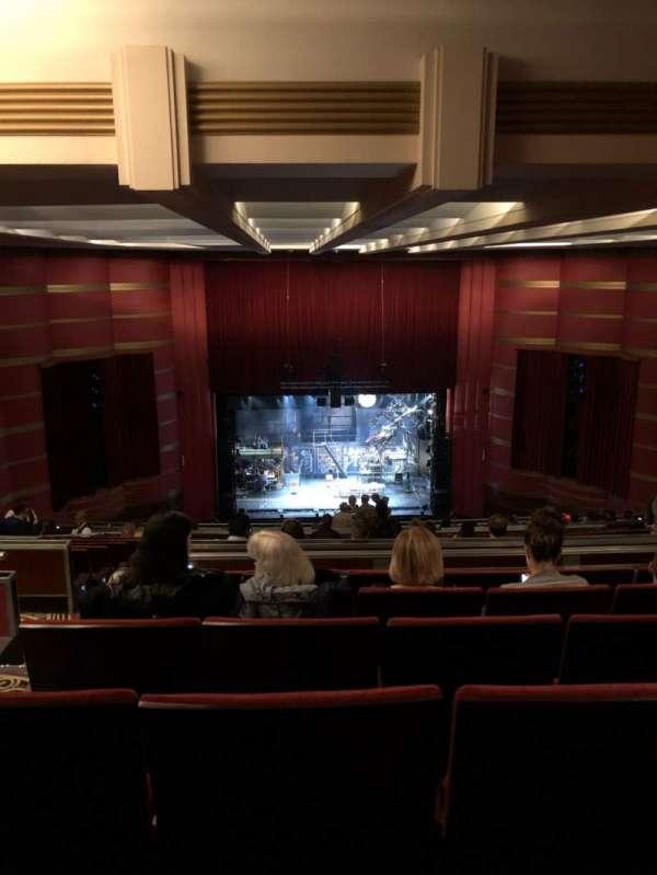Kansas City Music Hall, secção: CBal, fila: V, lugar: 12