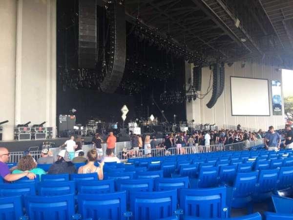 PNC Music Pavilion, secção: 3, fila: T, lugar: 27