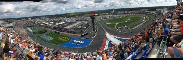 Charlotte Motor Speedway, secção: Ford E, fila: 67, lugar: 25