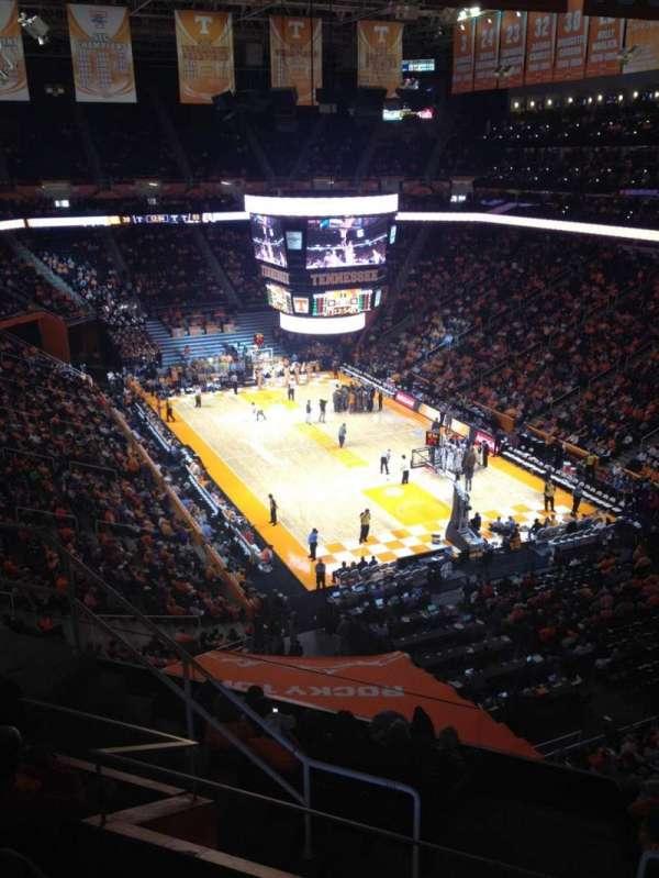 Thompson-Boling Arena, secção: 315, fila: 5, lugar: 6