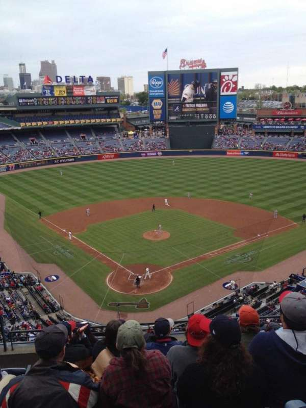 Turner Field, secção: 401, fila: 7, lugar: 3