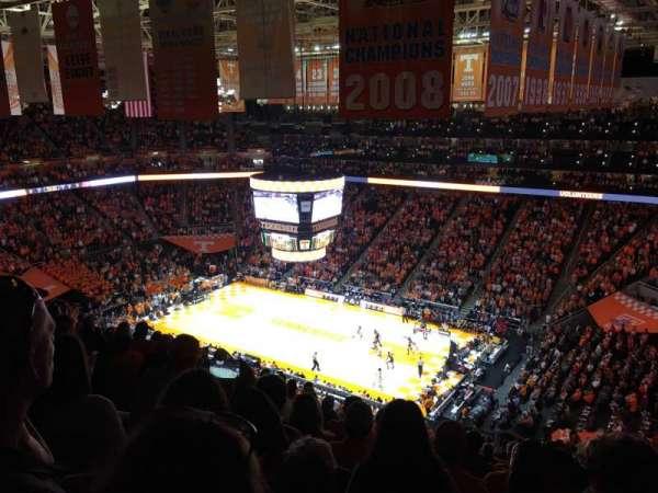 Thompson-Boling Arena, secção: 217, fila: 15, lugar: 5