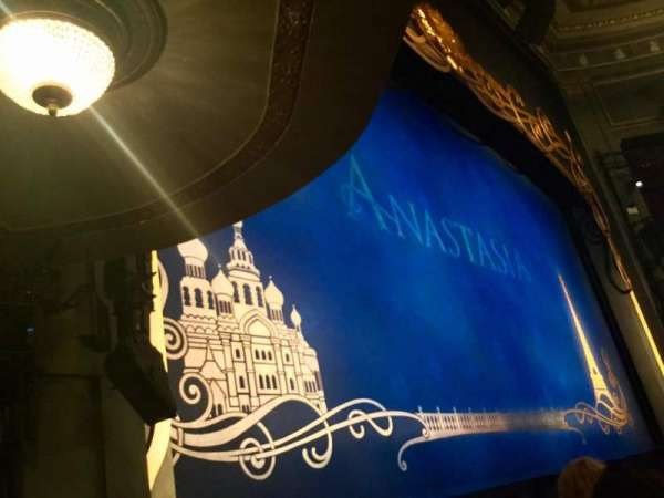 Broadhurst Theatre, secção: Orchestra L, fila: D, lugar: 17