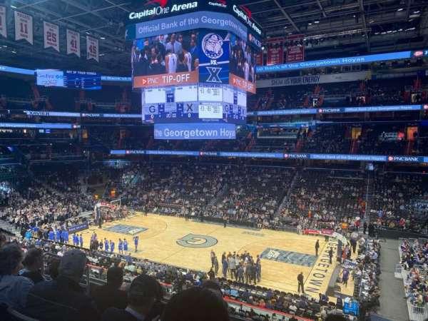 Capital One Arena, secção: 202, fila: F, lugar: 8