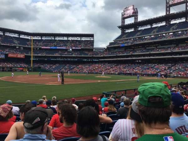 Citizens Bank Park, secção: 134, fila: 11, lugar: 9