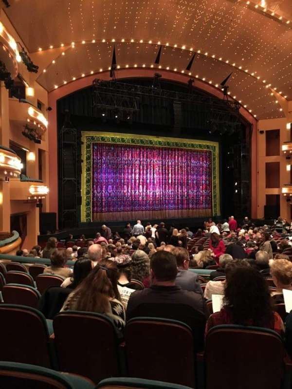 Procter And Gamble Hall at the Aronoff Center, secção: LORCH, fila: V, lugar: 106