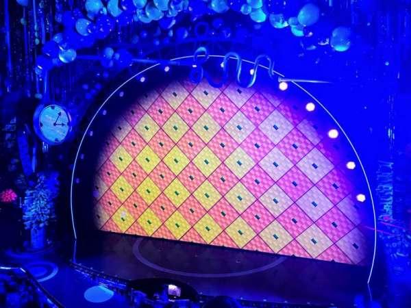 Palace Theatre (Broadway), secção: Mezz, fila: AA, lugar: 2