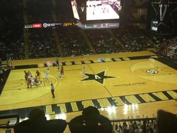 Memorial Gymnasium (Vanderbilt), secção: 3J, fila: 5, lugar: 9