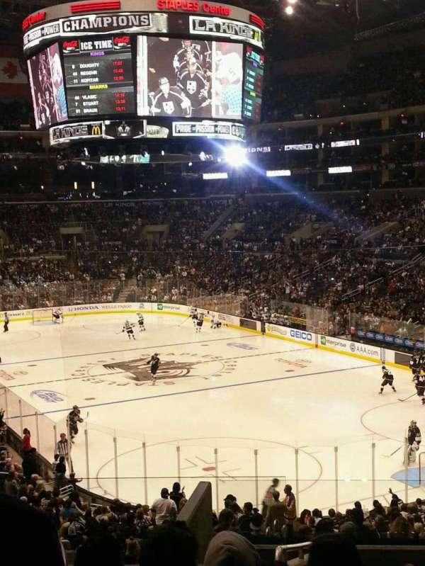Staples Center, secção: 209, fila: 11, lugar: 20