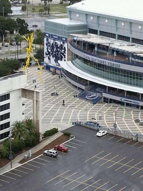 Amalie Arena, secção: West Entrance