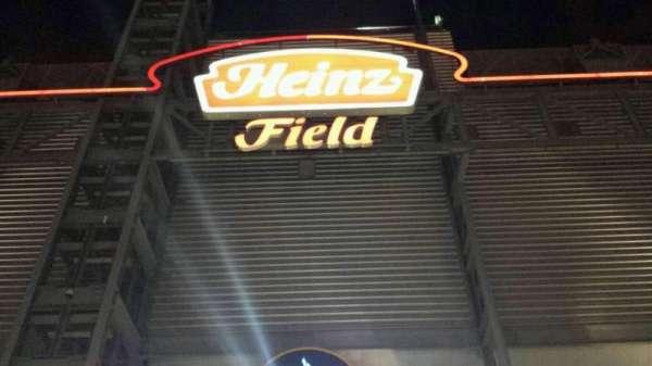 Heinz Field, secção: Entrance