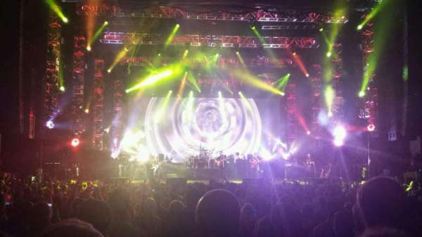 PNC Music Pavilion, secção: 2, fila: T, lugar: 24