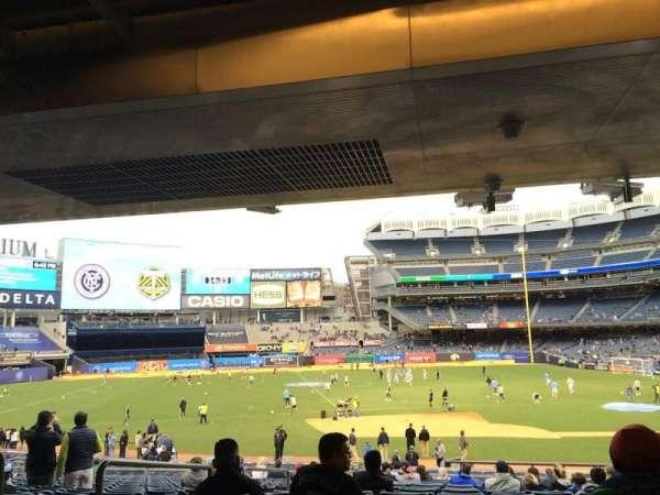 Yankee Stadium, secção: 125, fila: 30, lugar: 11