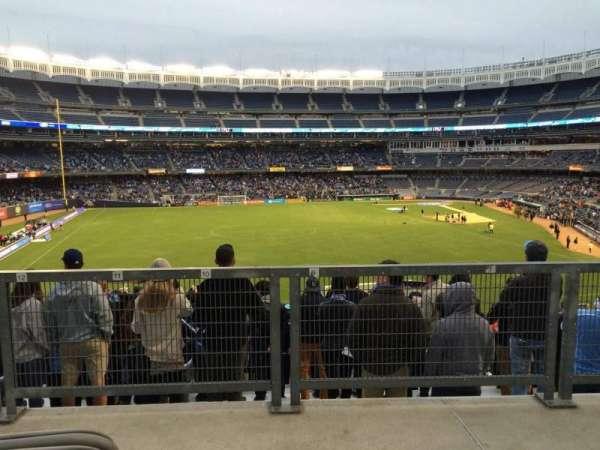 Yankee Stadium, secção: 236, fila: Disabled Sea, lugar: Bleachers