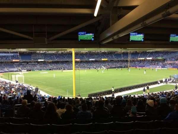 Yankee Stadium, secção: 107, fila: 30, lugar: 16
