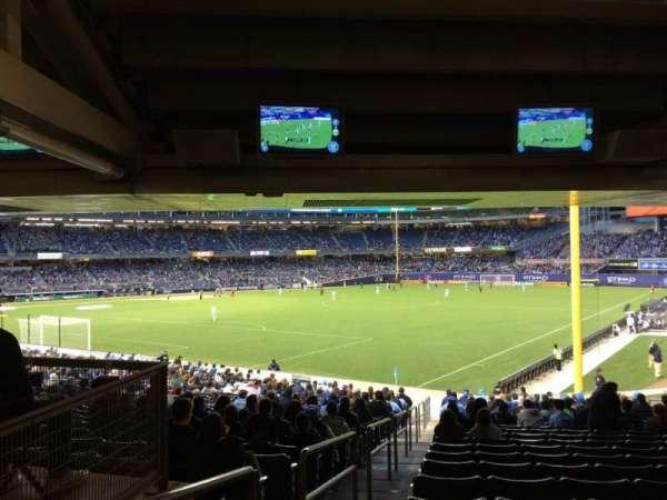 Yankee Stadium, secção: 108, fila: 30, lugar: 20