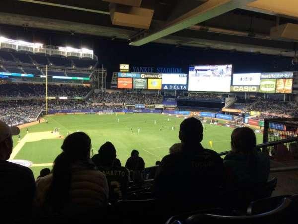 Yankee Stadium, secção: 217, fila: 23, lugar: 4