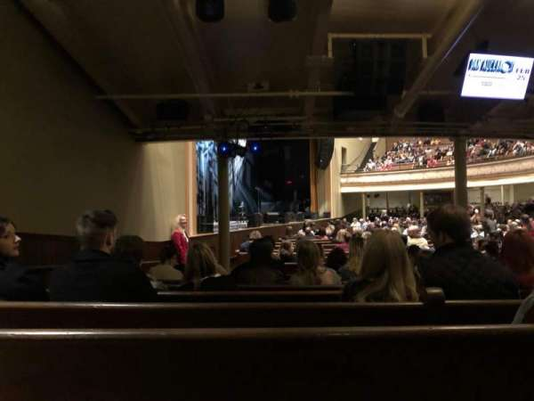 Ryman Auditorium, secção: MF-8, fila: U, lugar: 8
