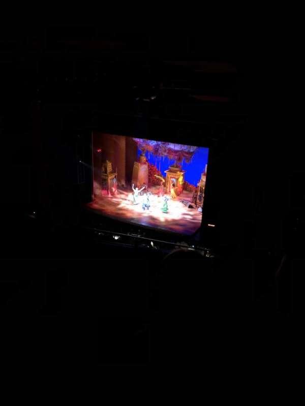 San Diego Civic Theatre, secção: ULOGR1, fila: M, lugar: 6