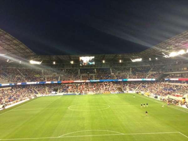 Red Bull Arena (New Jersey), secção: 218, fila: 4, lugar: 13