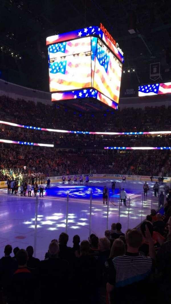 Honda Center, secção: 226, fila: K