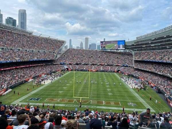 Soldier Field, secção: 322, fila: 8, lugar: 19