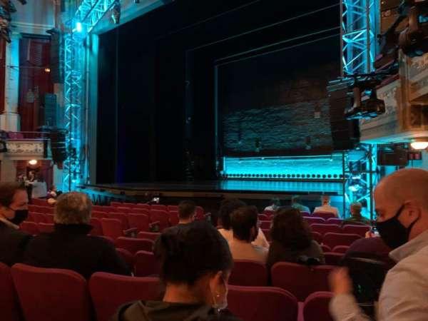 Broadhurst Theatre, secção: Orchestra R, fila: K, lugar: 16