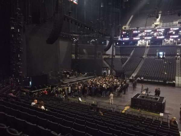 Barclays Center, secção: 24, fila: 16, lugar: 1