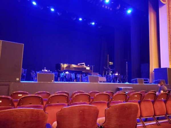 Lincoln Theatre, secção: Orchestra Left A-K, fila: C, lugar: 5