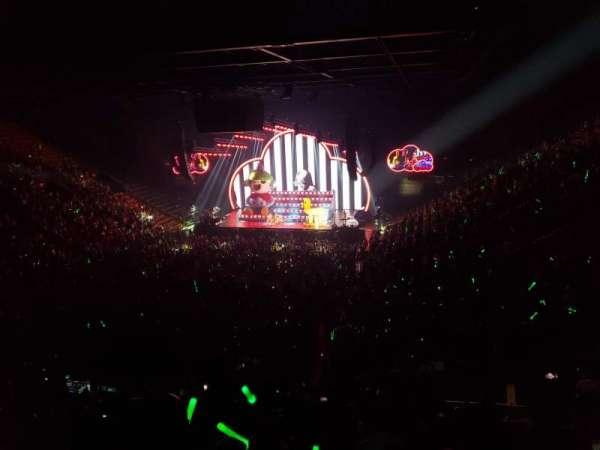 EagleBank Arena, secção: 107, fila: V, lugar: 8
