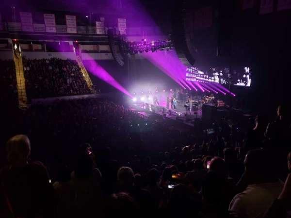 Agganis Arena, secção: 102, fila: M, lugar: 21