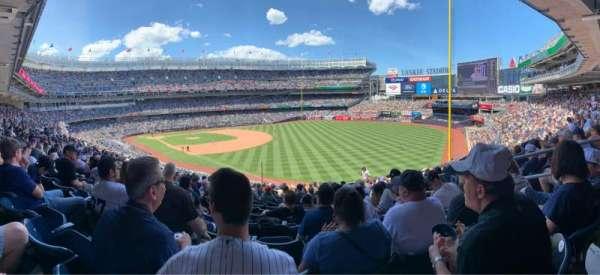 Yankee Stadium, secção: 210, fila: 16, lugar: 6