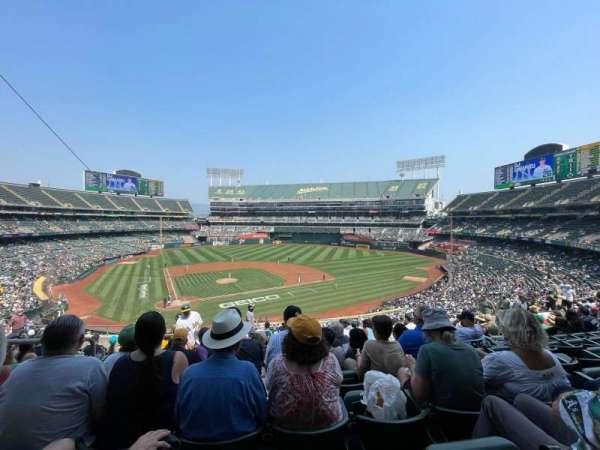 Oakland Coliseum, secção: 214, fila: 12, lugar: 20